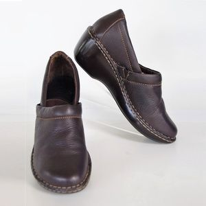 Born Women's Brown Leather Clog (W61433)